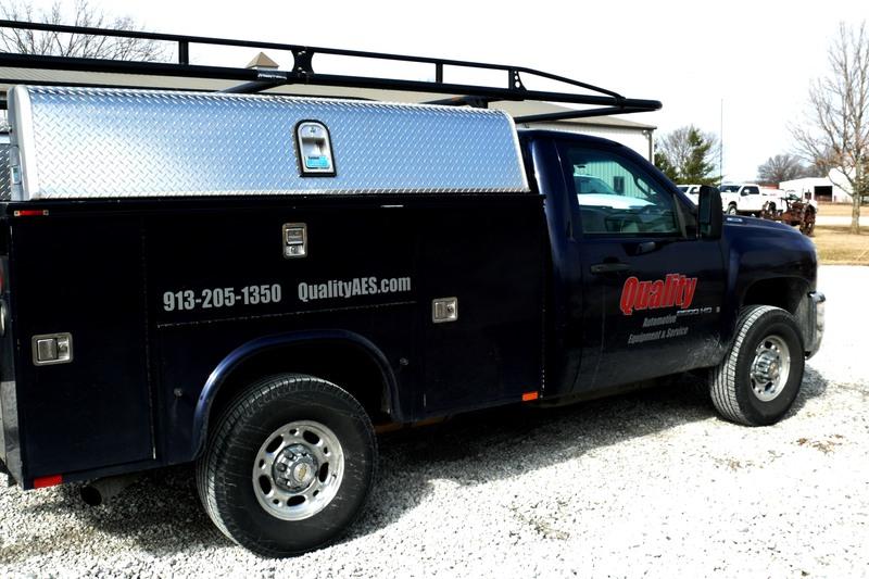 Quality Automotive Service Truck