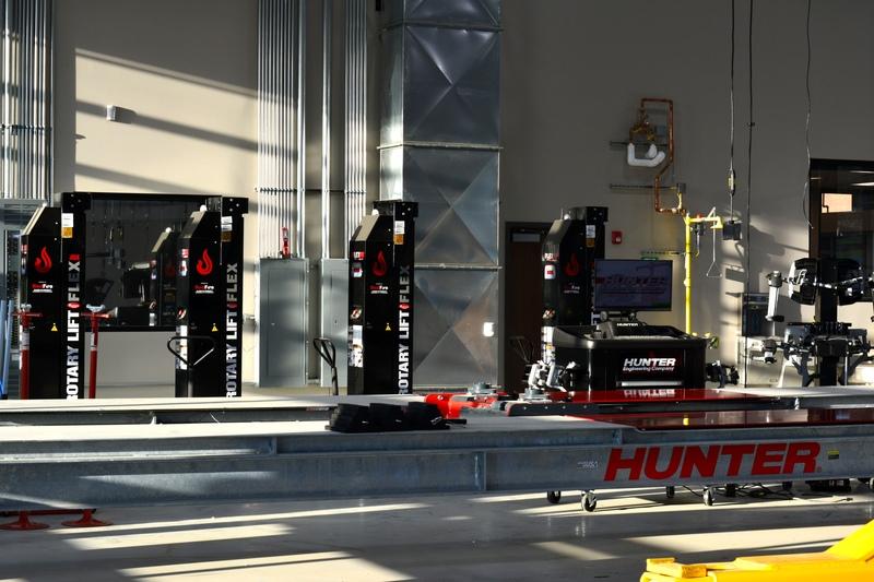 Hunter HD Lift and Rotary Equipment